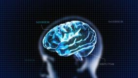 Cerveau en cristal bleu avec la tête et le code Photos stock