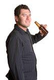 Cerveja bebendo do homem Fotografia de Stock