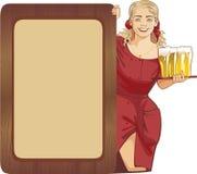 Cerveja da empregada de mesa Imagens de Stock Royalty Free