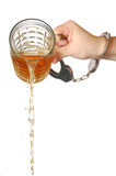 Cerveja de derramamento ausente Imagem de Stock Royalty Free