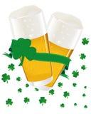 Cerveja do dia do St. Patrick Ilustração do Vetor
