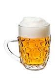 Cerveja em um vidro imagem de stock