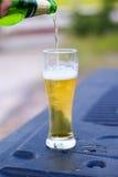 Cerveja fria no vidro Imagens de Stock