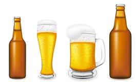 Cerveja na ilustração do vetor do vidro e do frasco Fotos de Stock Royalty Free