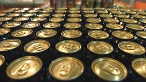 Cerveja no supermercado vídeos de arquivo