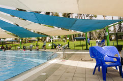 Cerveja-Sheva, ISRAEL - 27 de junho, temporada de verão na piscina das crianças - Omer, Negev, o 27 de junho de 2015 em Israel Imagem de Stock