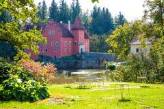 Cervena Lhota trädgård royaltyfria bilder