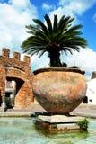Cerveteri, Lazio, Italië, fontein, verticale achtergrond royalty-vrije stock afbeeldingen