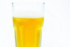 Cerveza de cerveza dorada Fotografía de archivo libre de regalías