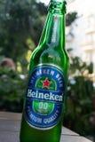 Cerveza de cerveza dorada superior de la calidad de Heineken imagen de archivo libre de regalías