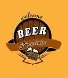 Cerveza de la jarra de cerveza y emblema del barril Imagenes de archivo
