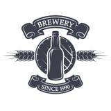 Cerveza del barril y de la botella Emblema de la cervecería Fotos de archivo