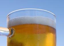Cerveza dorada Imagenes de archivo