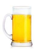 Cerveza fresca escarchada con espuma Fotografía de archivo libre de regalías