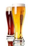 Cerveza oscura y ligera Imagen de archivo libre de regalías
