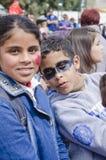 Cerveza-Sheva, ISRAEL - 5 de marzo de 2015: Adolescentes de la muchacha y del muchacho con el maquillaje en sus caras - Purim i d Foto de archivo libre de regalías
