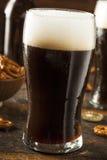 Cerveza valiente oscura de restauración Foto de archivo libre de regalías