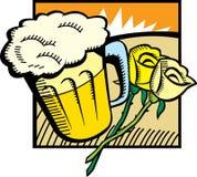 Cerveza y rosas Foto de archivo