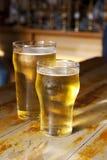 Cervezas grandes y pequeñas Fotos de archivo libres de regalías