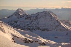 Cervinia и Zermatt катаясь на лыжах 2 Стоковое Изображение RF