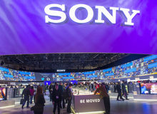 CES 2014. LAS VEGAS - JANUARY 10 : The Sony booth at the CES show held in Las Vegas on January 10 2014 , CES is the world's leading consumer-electronics show and royalty free stock images