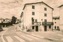 Cescatto Włochy, Sierpień, - 22, 2017: Dom z patiem od górskiej wioski Włochy Obraz Royalty Free