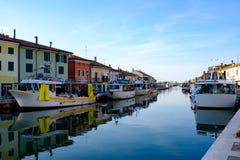 CESENATICO, ITALIA, JULIO DE 2018: Vista de Oporto Canale, la central foto de archivo libre de regalías