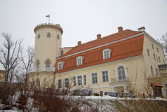CESIS LETTLAND - MARS 17, 2012: Ny slott i Cesis Det byggdes i det 18th århundradet Nu inhyser det historia och Art Museum Royaltyfria Foton