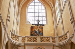 cesky捷克krumlov中世纪老共和国城镇视图 圣母玛丽亚的复活大教堂 2016年6月14日 免版税库存图片