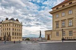 cesky捷克krumlov中世纪老共和国城镇视图 布拉格街道 2016年6月13日 免版税库存图片
