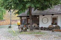 cesky捷克krumlov中世纪老共和国城镇视图 美丽和狭窄的街道在布拉格 2016年6月13日 免版税库存图片