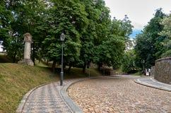 cesky捷克krumlov中世纪老共和国城镇视图 Vysehrad街道在布拉格 2016年6月18日 免版税库存照片