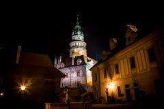 Cesky Krumlov - άποψη νύχτας πύργων κάστρων Στοκ φωτογραφίες με δικαίωμα ελεύθερης χρήσης