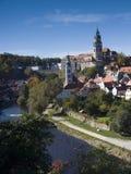 cesky krumlov κάστρων κοντά στο vltava ποτ&alph Στοκ εικόνες με δικαίωμα ελεύθερης χρήσης