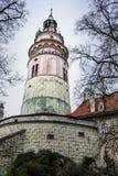 CESKY KRUMLOV, ЧЕХИЯ 16-ое апреля 2017: Круглая башня c Стоковое Изображение RF