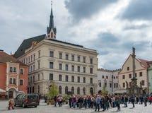 CESKY KRUMLOV, BOHEMIA/CZECH REPUBLIC - SEPTEMBER 17 : Tourists. Sightseeing in Cesky Krumlov in the Czech Republic on September 17, 2017. Unidentifed people Royalty Free Stock Image
