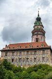 CESKY KRUMLOV, BOHEMIA-/CZECHREPUBLIK - SEPTEMBER 17: Statlig Cas Royaltyfria Bilder