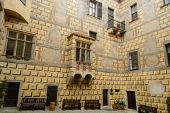 Cesky Krumlov castle. A view of the Cesky Krumlov castle featuring the courtyard Royalty Free Stock Photos