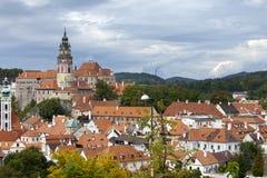 cesky krumlov cesky捷克krumlov中世纪老共和国城镇视图 城市全景 库存照片