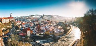 Cesky Krumlov en el invierno, República Checa, Europa Fotos de archivo