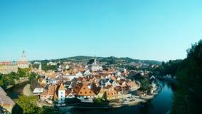 Cesky Krumlov mit Schloss und Stadt Stockfoto