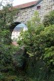 CESKY KRUMLOV, RÉPUBLIQUE DE BOHEMIA/CZECH - 17 SEPTEMBRE : État Cas photographie stock libre de droits