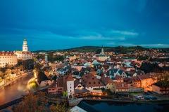 Cesky Krumlov, République Tchèque Ville célèbre et touristique populaire Photographie stock libre de droits