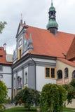 CESKY KRUMLOV, REPUBBLICA DI BOHEMIA/CZECH - 17 SETTEMBRE: Monastero immagine stock