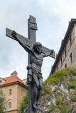 CESKY KRUMLOV, REPUBBLICA DI BOHEMIA/CZECH - 17 SETTEMBRE: Statua di fotografia stock
