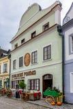 CESKY KRUMLOV, REPUBBLICA DI BOHEMIA/CZECH - 17 SETTEMBRE: Traditiona fotografia stock