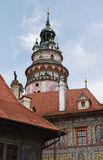 Cesky Krumlov, TSJECHISCHE REPUBLIEK - 26 September, 2014 Het kasteeltoren van Ceskykrumlov Stock Afbeeldingen