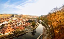 Cesky krumlovstad, Tjeckien Arkivfoton