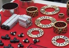 Cespuglio d'ottone di Oilless per la macchina di alta precisione, Fotografia Stock Libera da Diritti