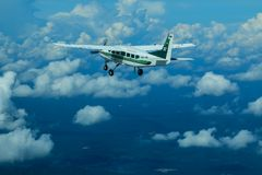Cessna 208 τροχόσπιτο και ουρανός Στοκ φωτογραφίες με δικαίωμα ελεύθερης χρήσης